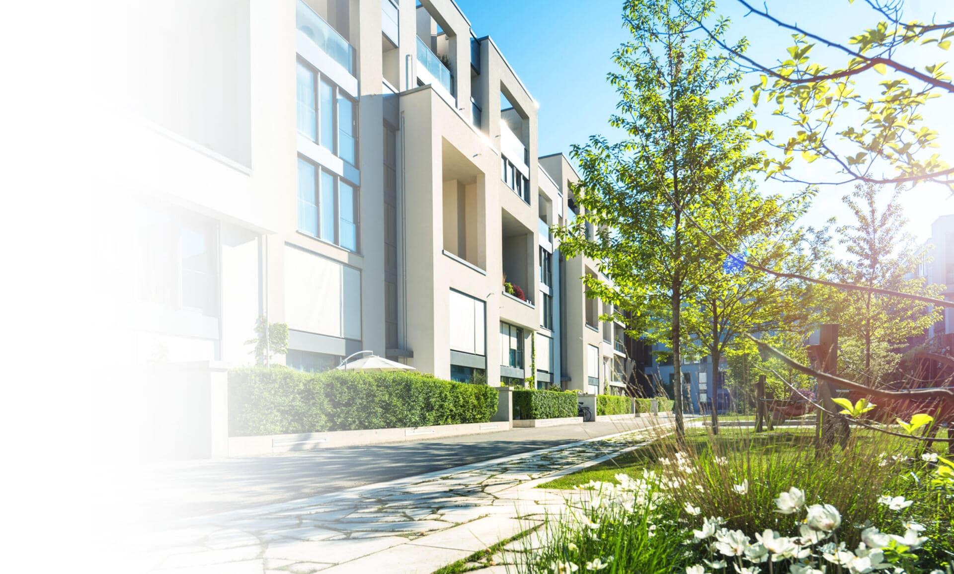 Das Bild zeigt einen schicken Neubau in Nürnberg.